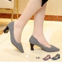 Fendy Square Heels