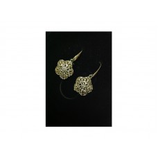 GOLD FLOWER SHAPE EARRINGS