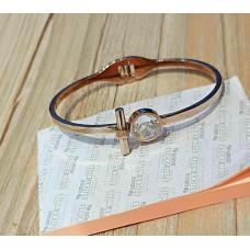 Ladies Modern Bracelet 4