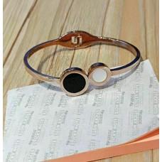 Ladies Modern Bracelet 6