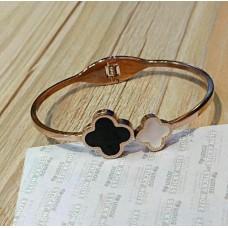 Ladies Modern Bracelet 8